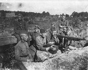 300px-Polish-soviet war 1920 Polish defences near Milosna, August