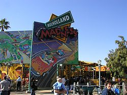 File:250px-Mulholland Madness Entrance.jpg