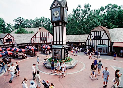 File Busch Gardens Williamsburg Plazajpg Roller Coaster Wiki
