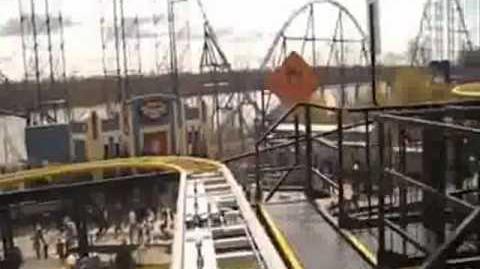 Gotham City Gauntlet Escape from Arkham Asylum - Six Flags New England