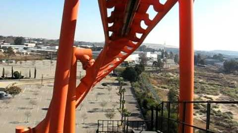 Anaconda (Gold Reef City) - OnRide (480p)