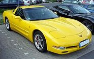 250px-CorvetteC5Coupéyellow