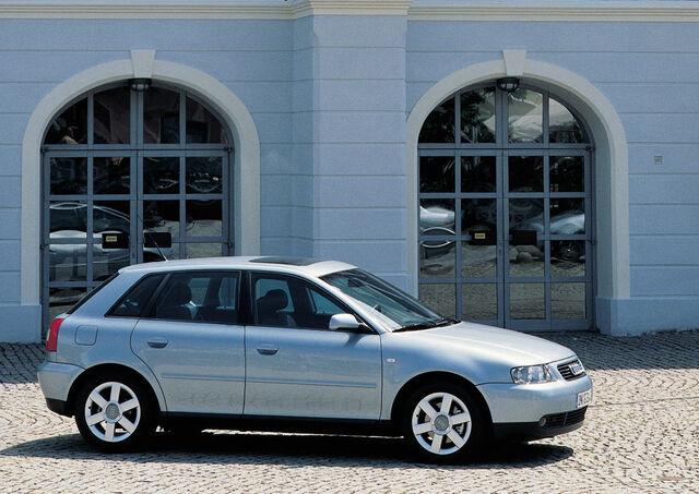 Archivo:Audi A3.jpg