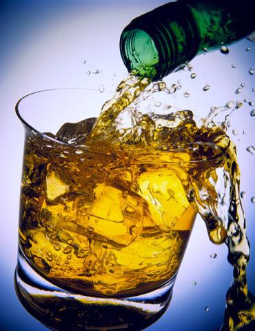 File:Whiskey21.jpg