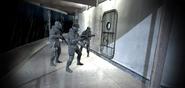 Soldados del SAS entrando a un barco
