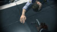 Yuri agarrando una P99 (H. de sangre)