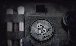 Logo de la TF-141 en la ropa