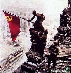 CDS13449 comunismo