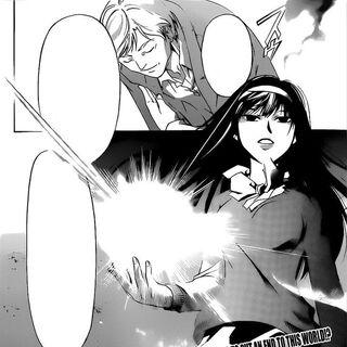 Fujiwara kłania się