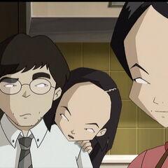 Јуми покушава да убеди своје родитеље.