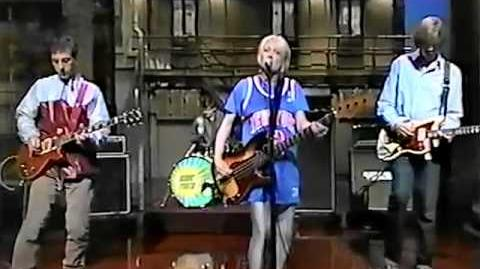 Sonic Youth - Bull In The Heather (Live Letterman 1994)-0