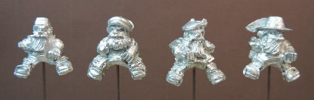 File:IM MDM3 Mounted Dwarf Musketeers Assorted hats - front.jpg
