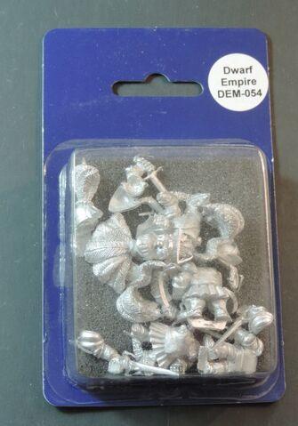 File:DEM054 Dwarf Imperial Knights on foot with swords & shields II blister.jpg