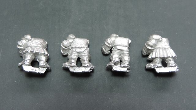 File:Dwarf knight bodies - back.jpg