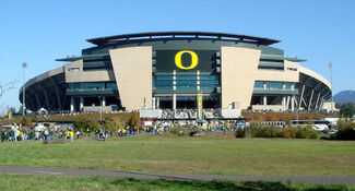 102707-Oregon-AutzenStadium-ext