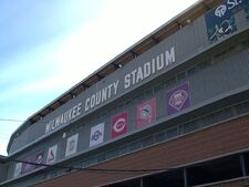 06CountyStadium09-24-2000