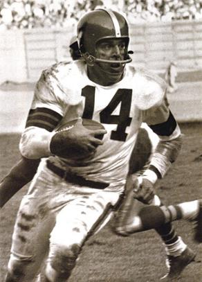 Otto Graham American Football Wiki Fandom Powered By Wikia