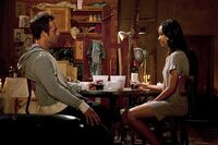Michael-vartan-and-zoe-saldana-in-colombiana