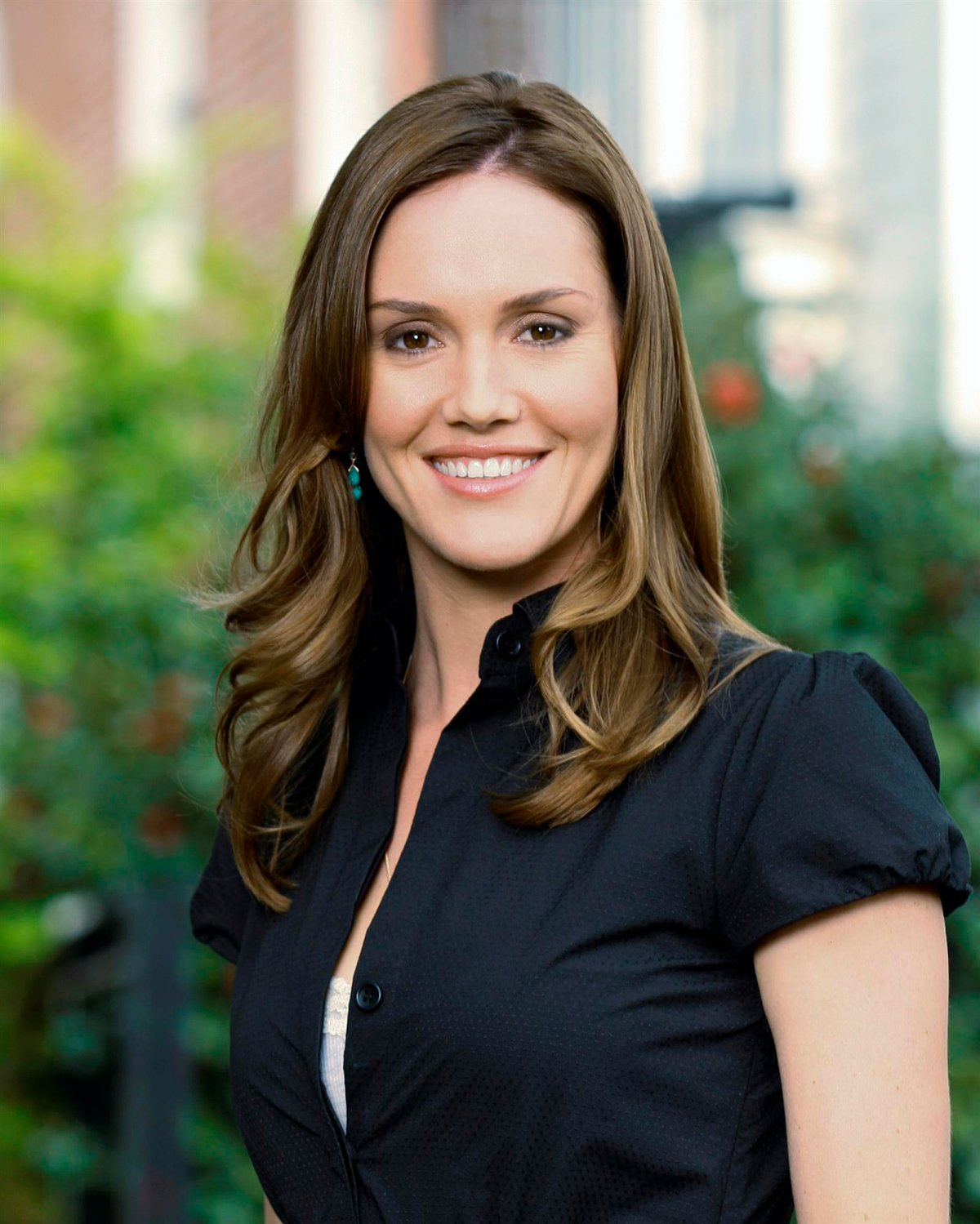 Erinn Hayes Erinn Hayes new photo