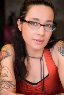 Janeane-Garofalo-hd-photo