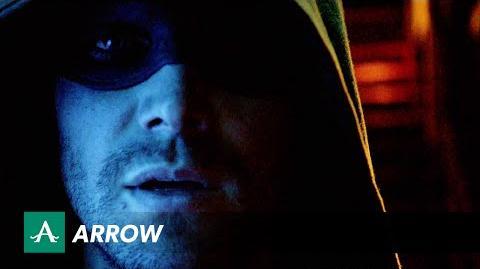 DC COMICS: Arrow (s3 ep01 The Calm)