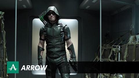 DC COMICS: Arrow (s4 ep01 Green Arrow)