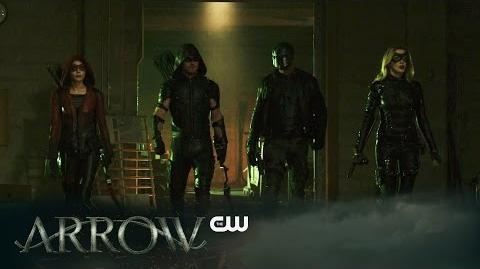 DC COMICS: Arrow (s4 ep18 Eleven-Fifty-Nine)