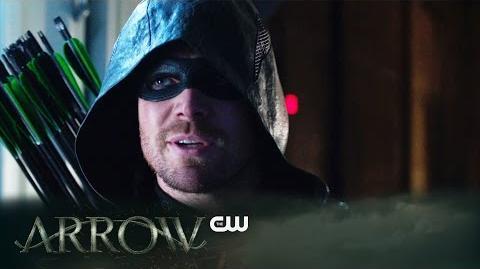 DC COMICS: Arrow (s4 ep11 A.W.O.L.)