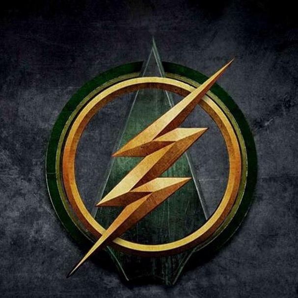 Image Cw Flash Arrowg Comic Books In The Media Wiki Fandom