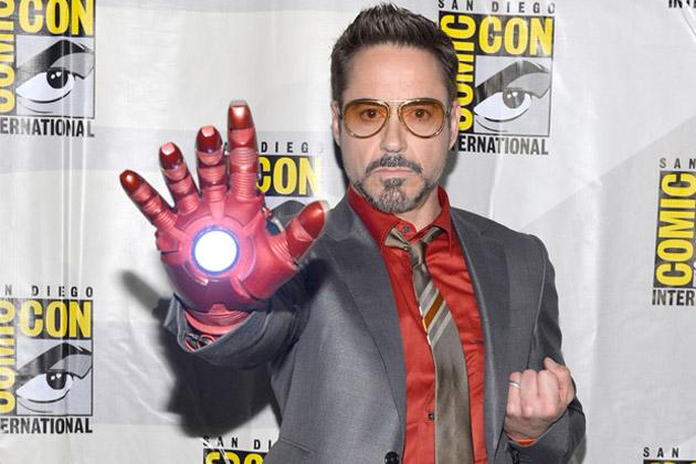 File:Robert Downey Jr at Comic Con.jpg