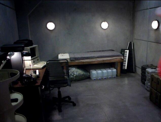 File:Mansion panic room.jpg