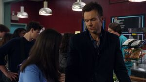 2X22 Jeff Annie lunch line