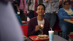 2X22 Abed and Pierce6