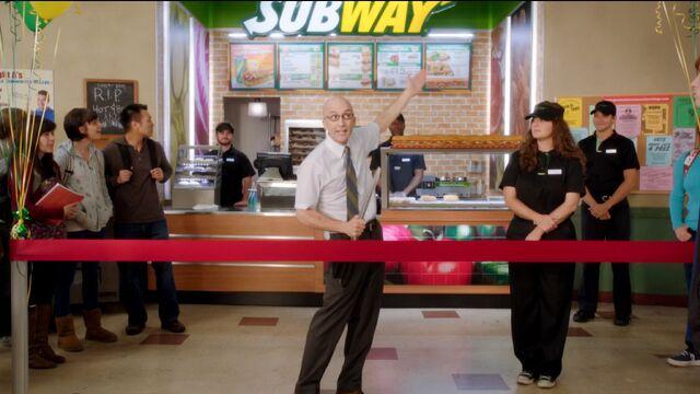 File:3x11 Pelton Subway. grand opening.jpeg