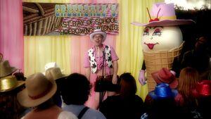S02E23-Pistol Patty announces prize