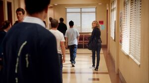 1x2 Britta looks back