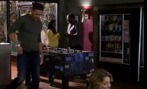 S05E08-Jeff and foosball table