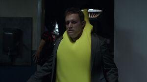 2x06-Rich zombie jacket