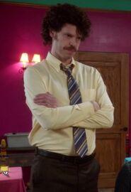 Señor Kevin's manager2