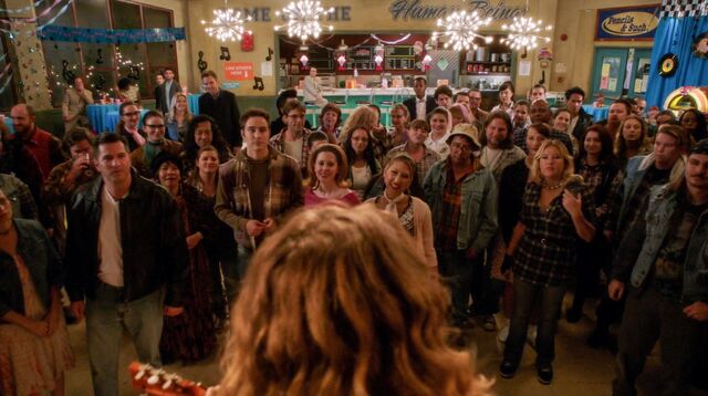 4x8 Sadie Hawkins dance crowd