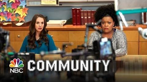 Community - Between the Takes Episode 12 (Digital Exclusive)