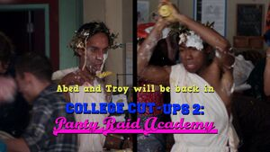 1x22-Abed Troy Food Fight