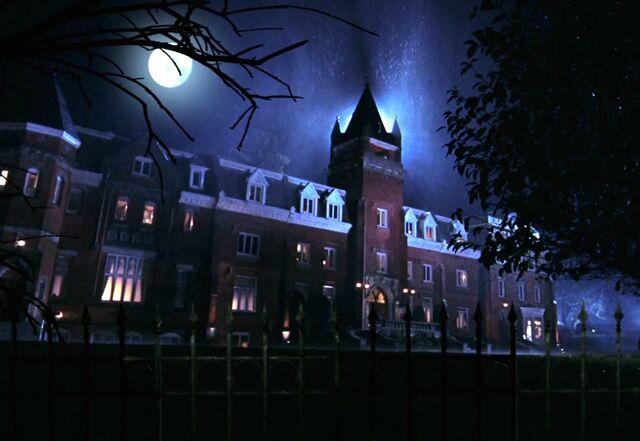 File:Pierce's mansion.jpg