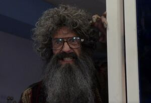 S05E13-Russell Borchert doesn't like Woody Allen
