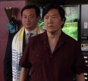 S01E18-Senor and Rabbi Chang