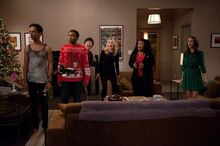Community-season-4-episode-10-intro-to-knots-2
