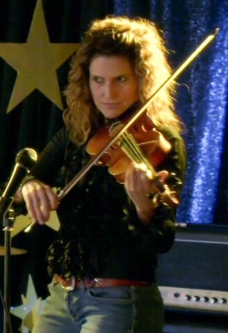 File:NIF Violinist.jpg