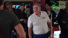 S01E17-Coach Bogner and Lets chips