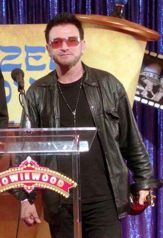 File:Fake Bono.jpg