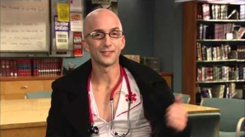 """Dean Pelton"" Community Season 4 Interview!"